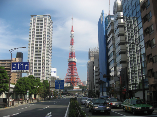 tokyo-tower-calle